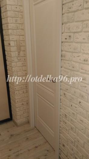 Укладка гипсовой плитки касавага саман в коридоре