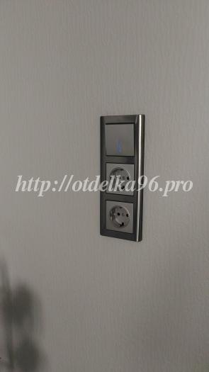 Монтаж группы из розеток и выключателя для кухонного вентилятора